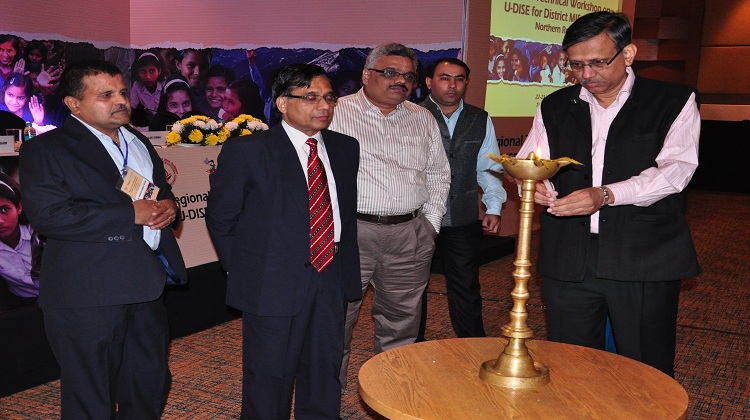 State Project Director, Sh. Alok Verma, IFS inaugrating the workshop